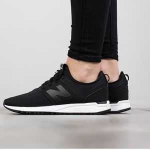 NWOB NEW BALANCE 247 BLACK SNEAKER